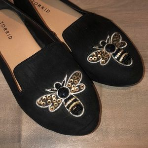 EUC Torrid womens bee loafers no size but